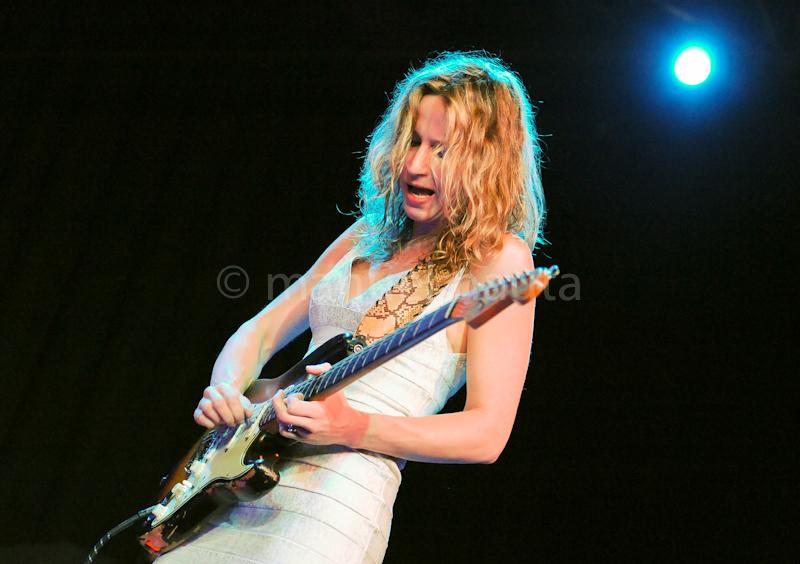 Ana Popovic performs at The Aztec Theater on 3/6/2014 in San Antonio Texas © Manuel Nauta