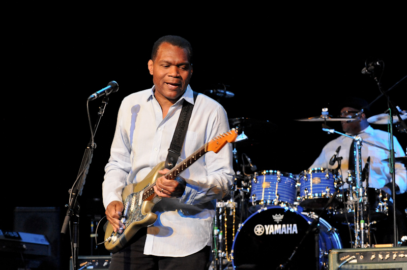Musician Robert Cray performs in concert at the Aztec Theater on April 13, 2014 in San Antonio, Texas  © Manuel Nauta