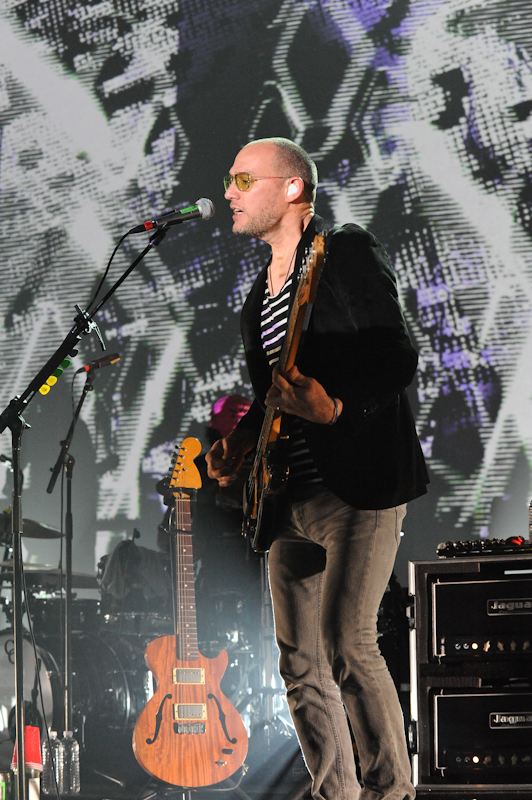 Scott Devendorf of The National performs in concert at ACL Live at Moody Theater / Photo © Manuel Nauta
