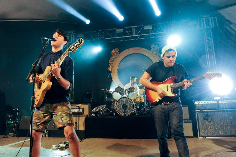 (L-R) Ezra Koenig, Chris Tomson and Rostam Batmanglij of the band Vampire Weekend perform in concert at Stubb's / Photo © Manuel Nauta