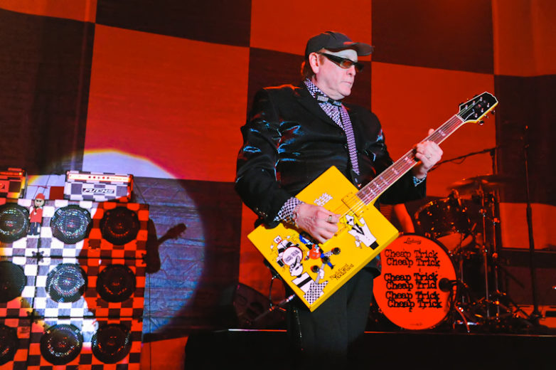 Rick Nielsen performs with Cheap Trick in Austin / Photo © Manuel Nauta