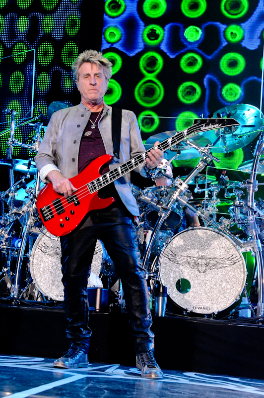 Ross Valory with Journey  / Photo © Manuel Nauta