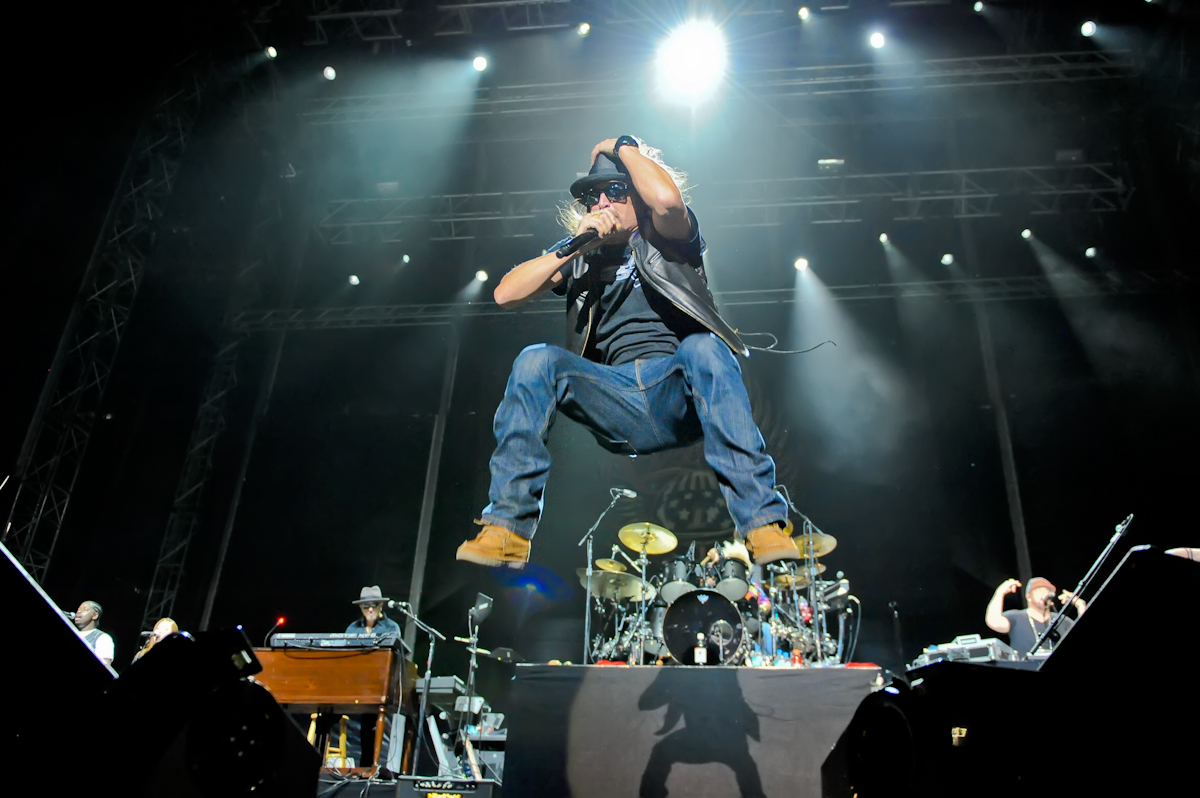(Click to enlarge) Kid Rock at River City Rockfest / Photo © Manuel Nauta