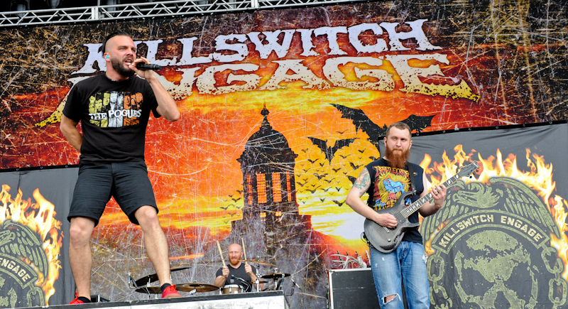 Jesse Leach (L) and Joel Stroetzelo with Killswitch Engage / Photo © Manuel Nauta