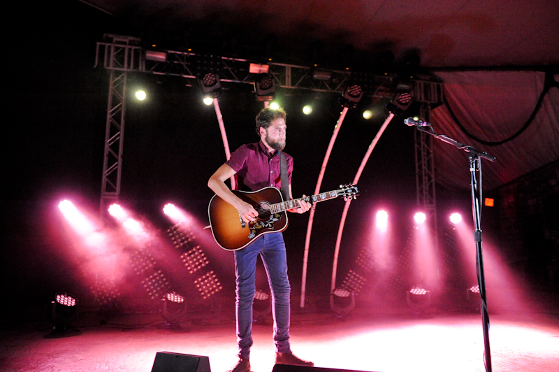 Michael David Rosenberg, known by his stage name Passenger at Stubb's / Photo © Manuel Nauta