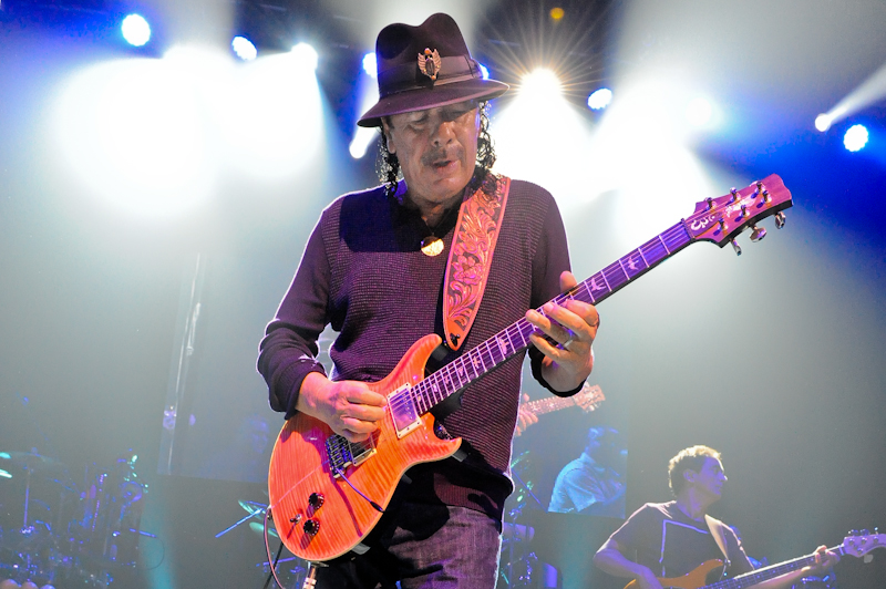 Carlos Santana at ACL Live at Moody / Photo © Manuel Nauta