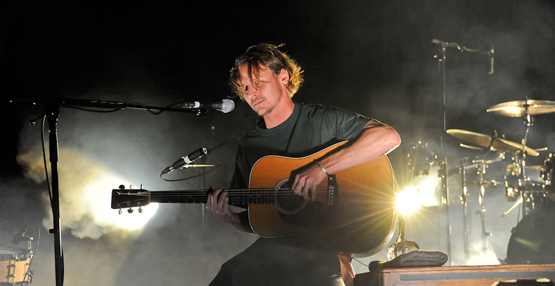 Ben Howard performs in concert at Austin Music Hall on January 16, 2015 in Austin, Texas. Photo © Manuel Nauta