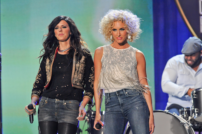 Singers Karen Fairchild (L) and Kimberly Schlapman of Little Big Town perform onstage during the 2015 iHeartRadio Country Festival at The Frank Erwin Center on May 2, 2015 in Austin, Texas.  Photo © Manuel Nauta