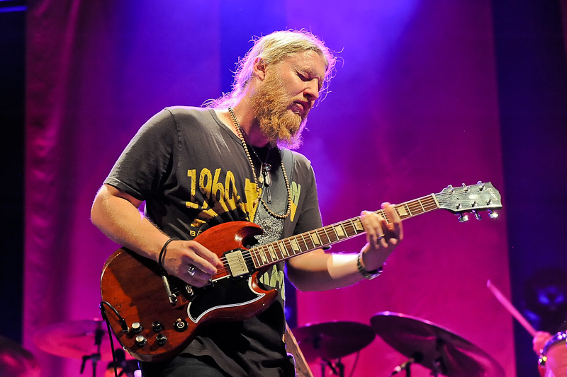 Derek Trucks with the Tedeschi Trucks Band performs in concert at Austin360 Amphitheater on July 12, 2015 in Austin, Texas. Photo © Manuel Nauta