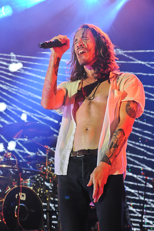 Brandon Boyd of Incubus performs in concert at Austin360 Amphitheater on August 17, 2015 in Austin, Texas. Photo © Manuel Nauta