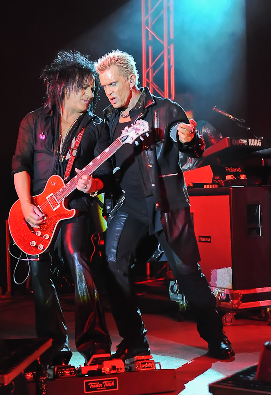 Steve Stevens (L) and  Billy Idol perform in concert at Stubb's on October 1, 2015 in Austin, Texas. Photo © Manuel Nauta