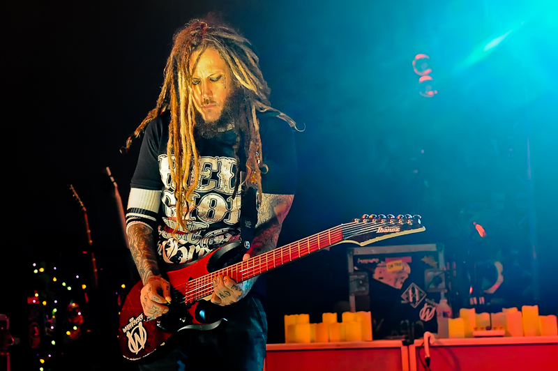 Brian 'Head' Welch with the band KORN performs in concert at Stubb's on October 19, 2015 in Austin, Texas. Photo © Manuel Nauta