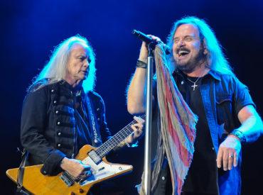 Rickey Medlocke (L) and Johnny Van Zant of Lynyrd Skynyrd perform in concert at Cedar Park Center on January 28, 2016 in Austin, Texas. Photo by Manuel Nauta