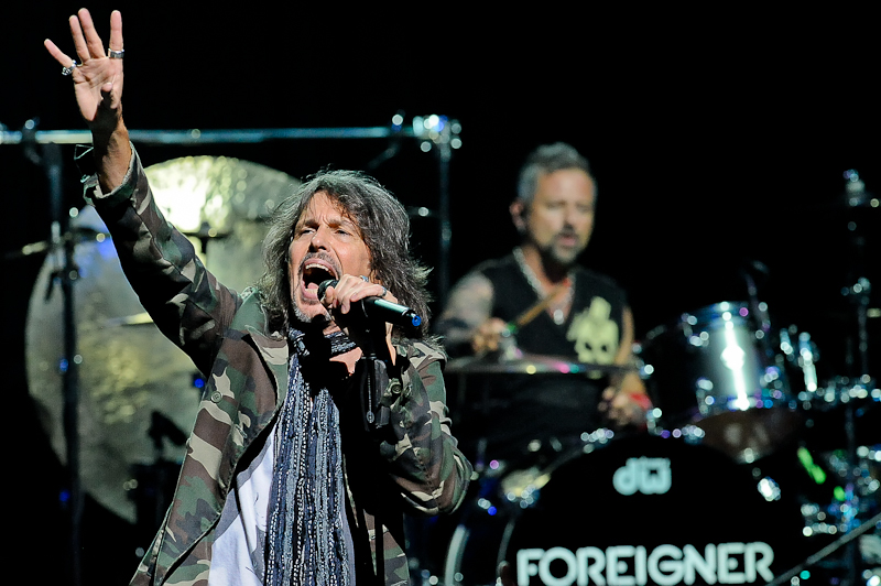 Kelly Hansen (L) with Chris Frazier on drums of Foreigner perform in concert at ACL Live on April 21, 2016 in Austin, Texas. Photo © Manuel Nauta