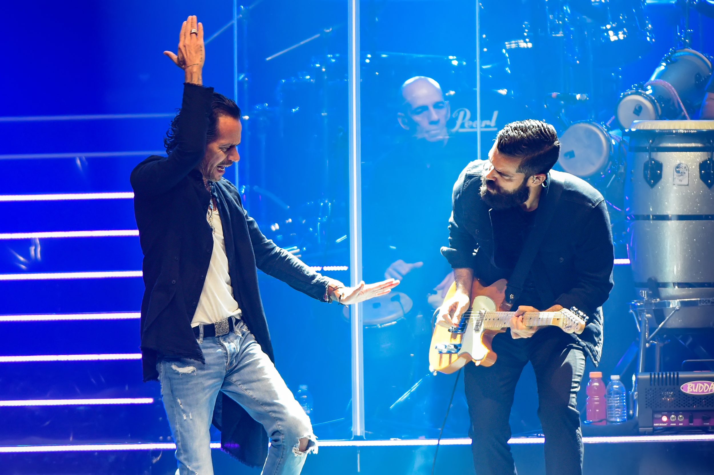 Marc Anthony (L) and Mario Guini (R) perform on the 2020 OPUS tour at the H.E.B. Center on March 1, 2020 in Cedar Park, Texas. Photo © Manuel Nauta