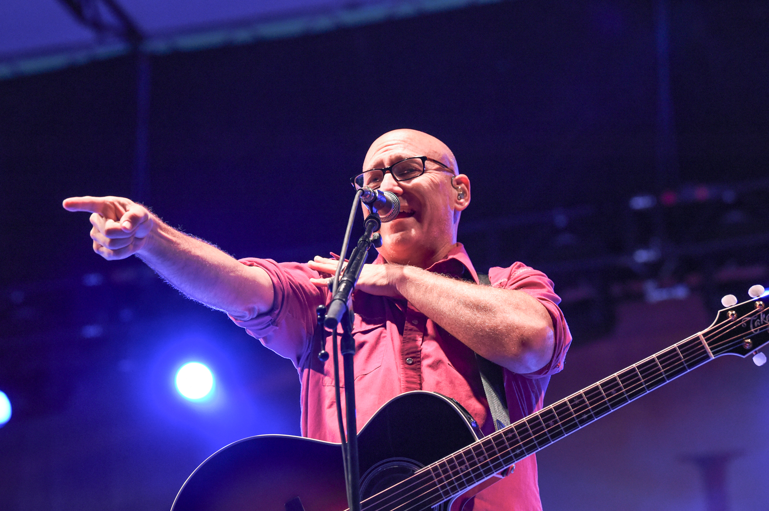Ryan Newell with the band Sister Hazel performs in a socially distancing concert at the HEB Center at Cedar Park, Cedar Park Texas on October 2, 2020. Photo © Manuel Nauta
