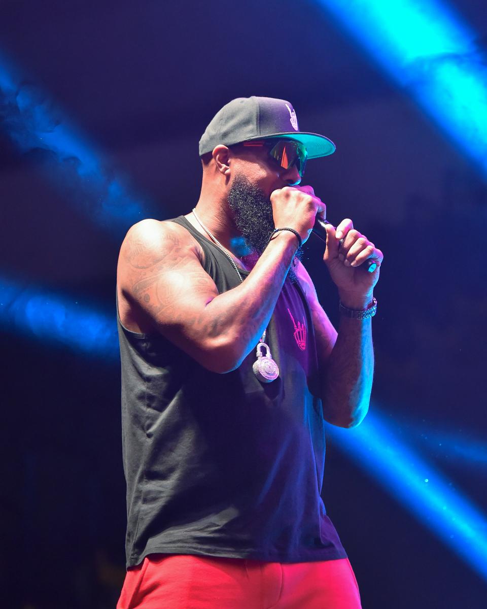 "CEDAR PARK, TEXAS - JULY 01: Rapper Slim Thug performs in concert during ""Snoop Dogg VS DJ Snoopadelic"" at the H-E-B Center on July 01, 2021 in Cedar Park, Texas. Photo © Manuel Nauta"