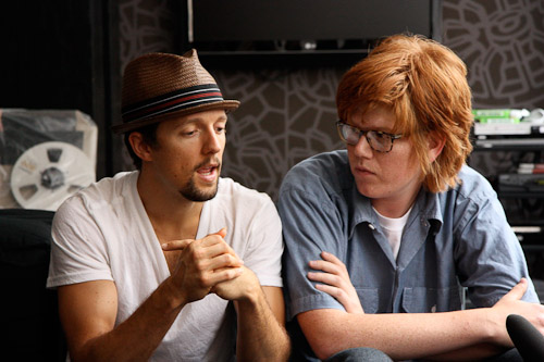 Brett Dennen and Jason Mraz, 2009 - Photo by Lindsay Brandt