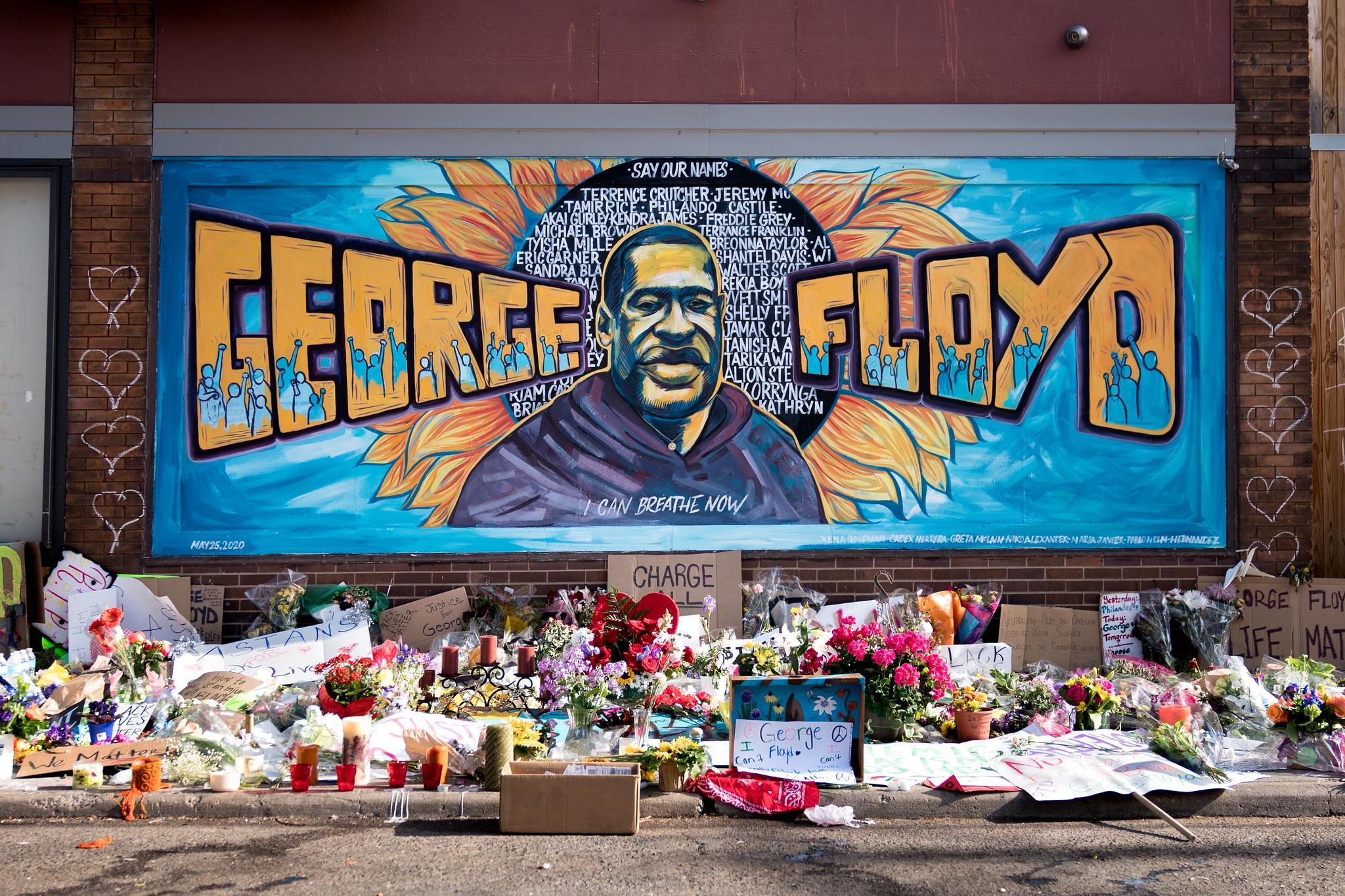 GEORGE FLOYD MURAL / FLICKR/LORIE SHAULL